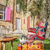Aux couleurs de l'été indien... 😉🌞 . . . . #handmade #colors #berbere #nature #exterieur #jardin #friends #chaleureux #lyon #boutique #decoration #bohemechic #bohodecor #decoboheme #mobilier #table #fauteuil #verre #suspension  #coussin #panier #tapis #bol  #boisdolivier #ceramique #fibrevegetale #verresoufflé #beautiful #indiansummer