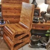 🌴Un fauteuil d'exception en bois de palmier, cette matière chaleureuse et authentique dans laquelle nous pouvons réaliser tous vos projets de mobilier sur-mesure ! ⚒ N'hésitez pas à nous contacter pour échanger autour de vos projets 😀 . . . #fauteuil #chaise #chair #chairdesign  #bois #boisdepalmier #wooddesign #wooddecor #woodchair #palmtree #mobilier #meublebois #surmesure #custommade #personalizedfurniture  #personalized #décoration #authentique #handmade