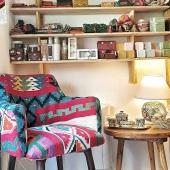 Chez Samak nous vous proposons une fête des mères colorée aux douces senteurs de Tunisie 💐 . . . . #fetedesmeres #savon #savonartisanal #naturalsoap #cadeau #mothersday #faitmains #handmadewithlove #kilim #fauteuil #deco #coloré #colors #boutiqueshopping #conceptstore #shopinlyon #tunisianhandmade
