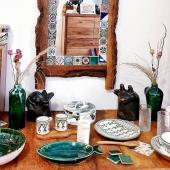 👋 Il y a du nouveau sur le eshop ! Vous pouvez retrouver les bustes d'animaux fait-mait par notre potière de Sejnane,  dont le savoir-faire est classé par l'UNESCO au patrimoine culturel immatériel de l'humanité ! 🤩 Disponibles en livraison à domicile, relais colis et click and collect sur RDV 😉 . . . . #poterie #sejnane #faitmain #black #blackpottery #unesco #deco #eshopdeco #clickandcollect #buste #animals #originaldesign #pieceunique #artisanattunisien #mixandmatch #argile #lyon